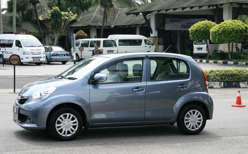 hatchback Daihatsu New Sirion
