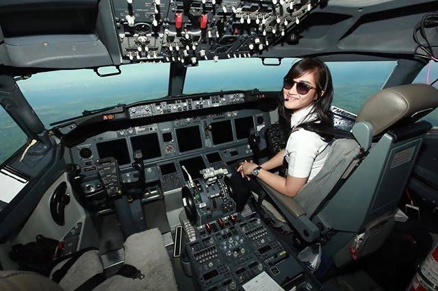 syarat menjadi pilot