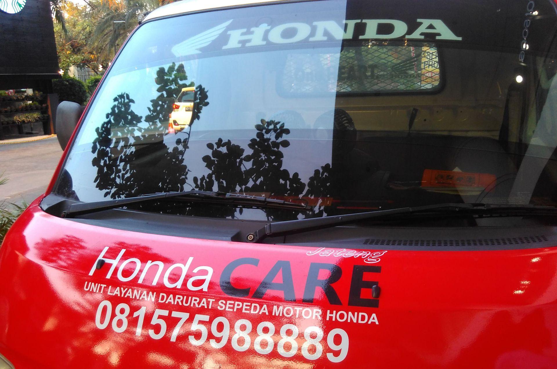 mobil Honda CARE