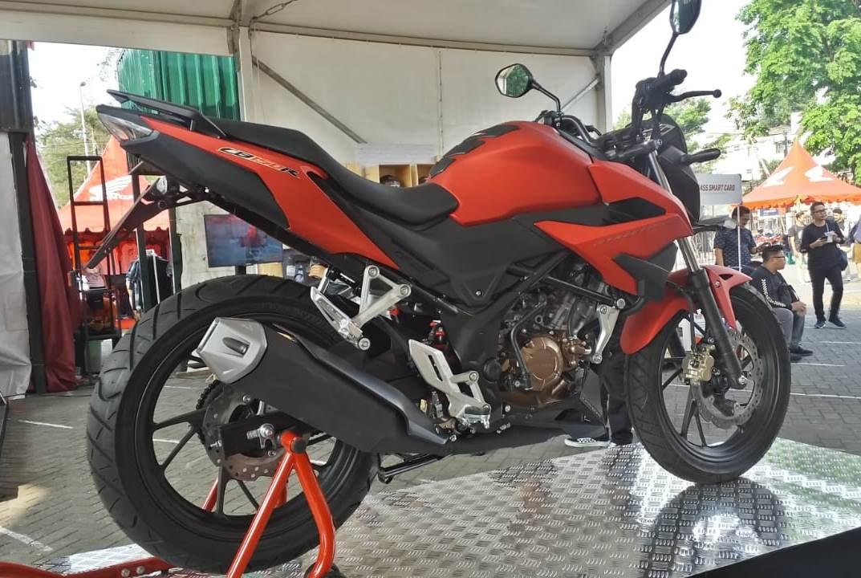 Honda CB150R Streetfire 2018