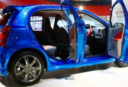 Tampilan Keren City Car Dari Toyota Etios Valco