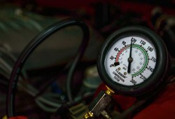 Apa Saja Toh Tanda Kompresi Bocor Pada Mesin