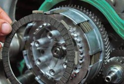 Tips Memilih Kampas Kopling Motor Terbaik