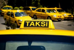 Tips Bagi Anda Yang Ingin Beli Mobil Bekas Taksi