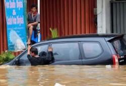 Minimalisir Efek Kerusakan Mobil Terendam Banjir