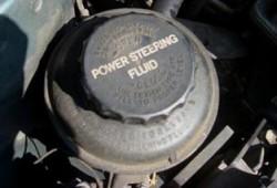 Alasan Terjadi Kerusakan Power Steering Mobil