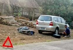 Tanda Segitiga Pengaman Mobil, Pertanda Darurat