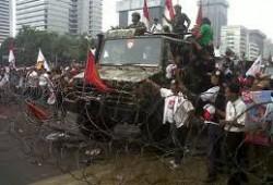 Kemunculan Unimog 1300L Saat Demo MK